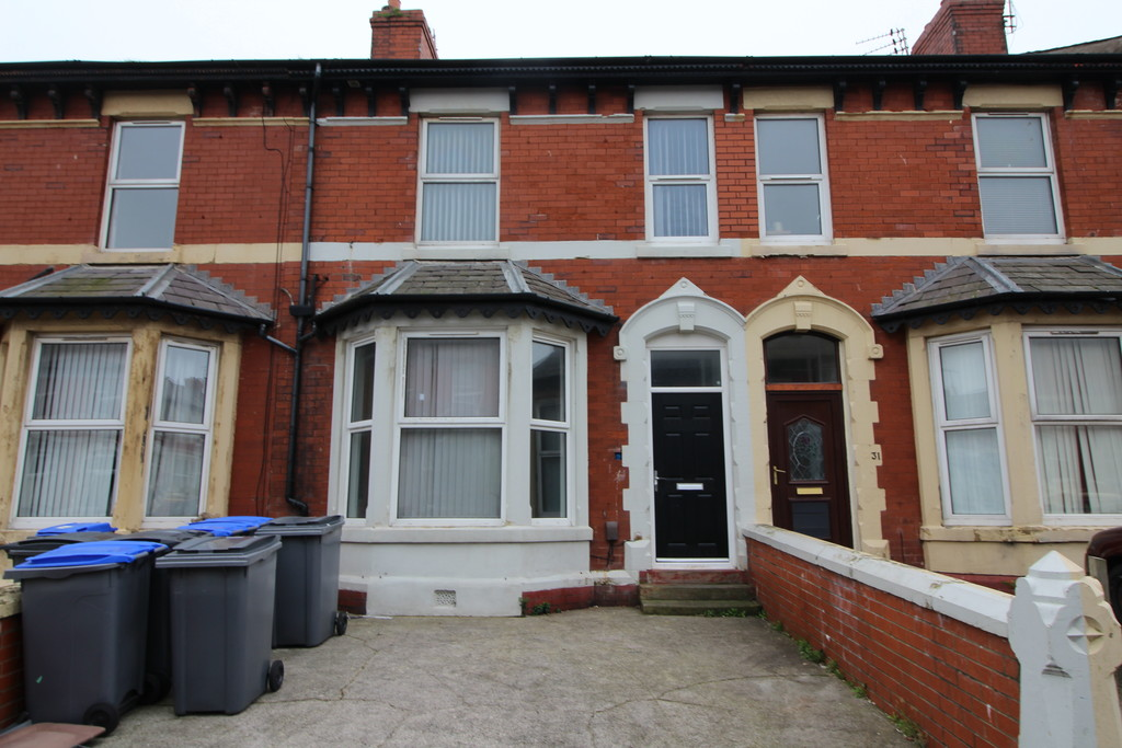 Flat 3, 33 Chesterfield Road